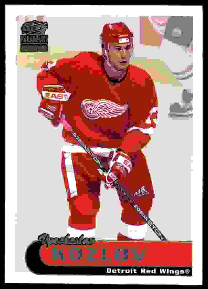 1999-00 Pacific Paramount Ice Blue Vyacheslav Kozlov #81 card front image