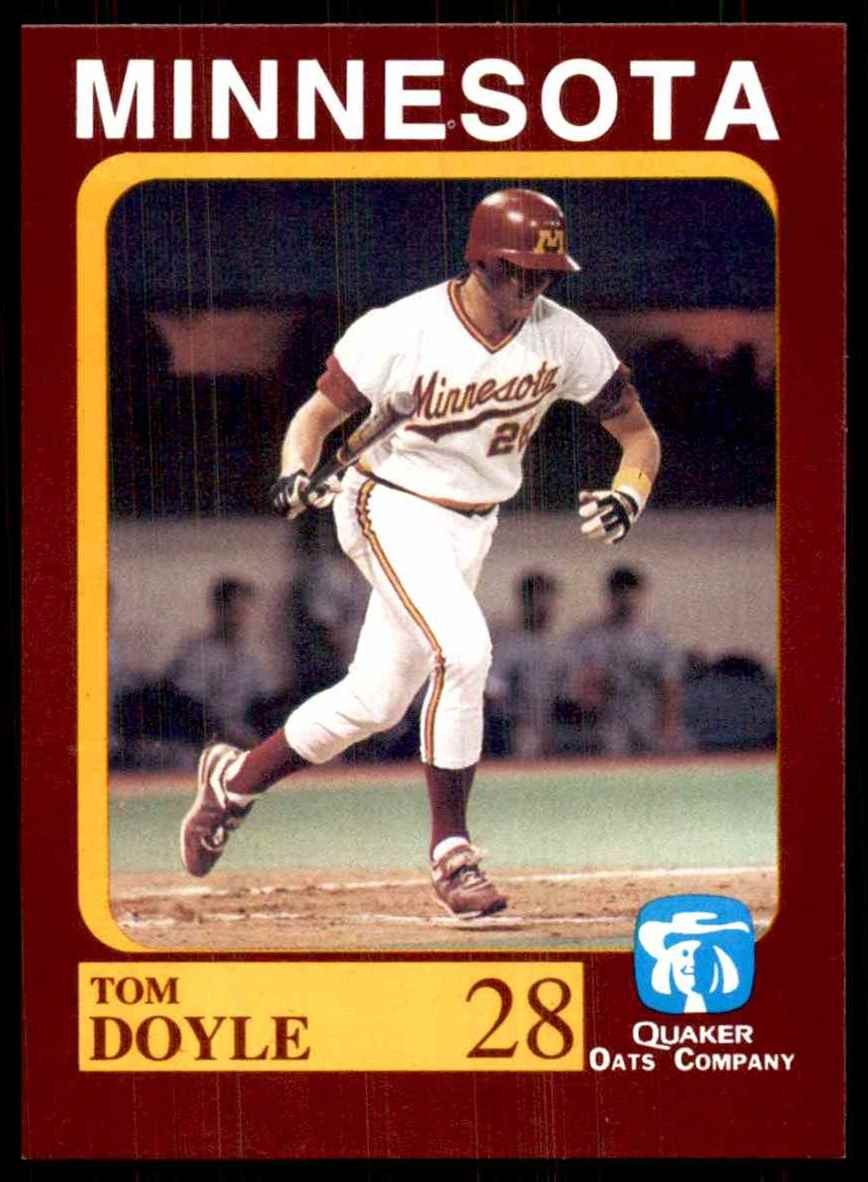 1992 Quaker Oats Minnesota Golden Gophers Tom Doyle #28 card front image