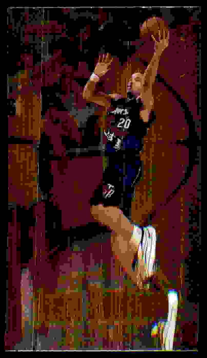 1997-98 Bowman's Best Damon Stoudamire #78 card front image