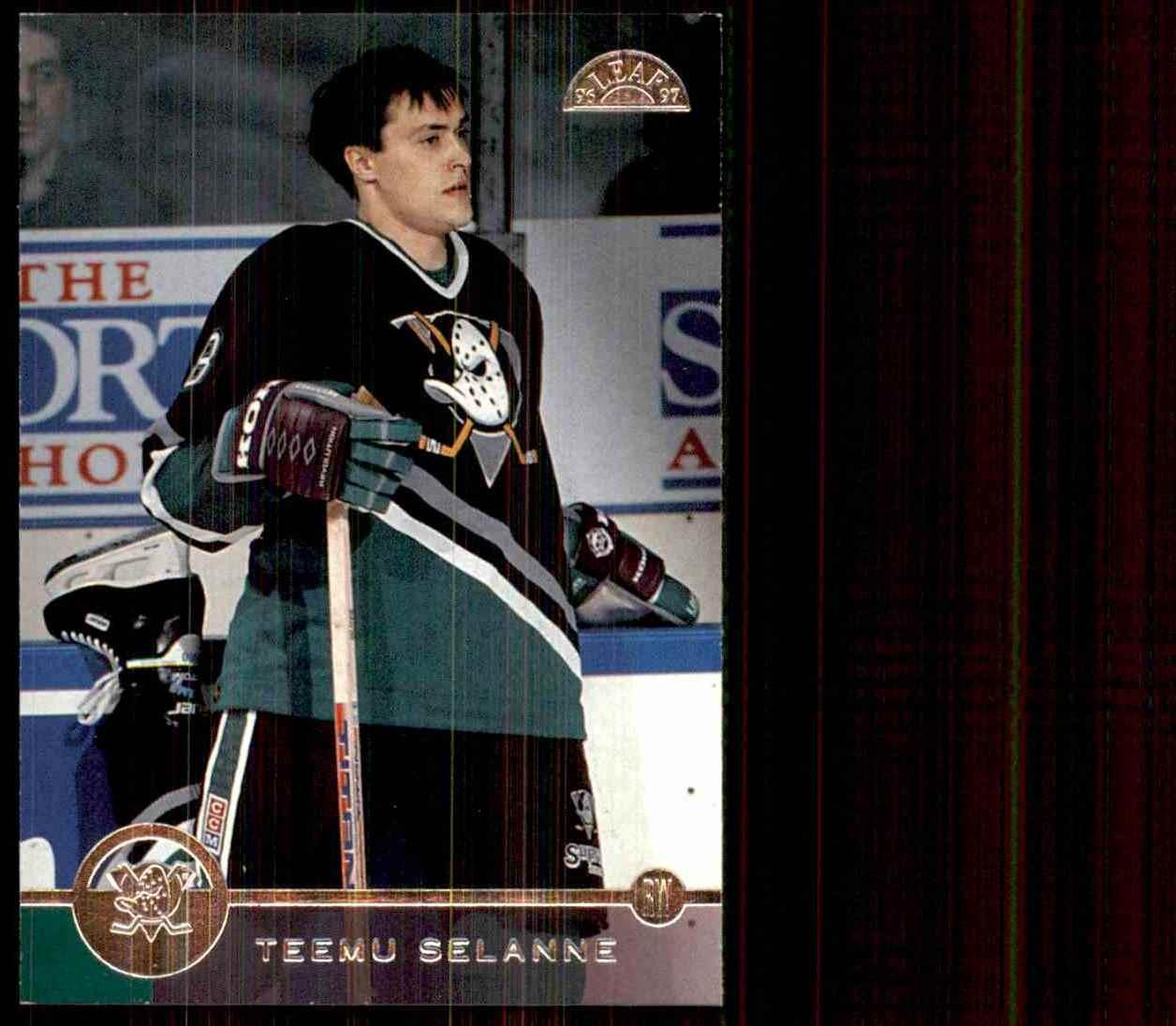 1996-97 Leaf Teemu Selanne #52 card front image